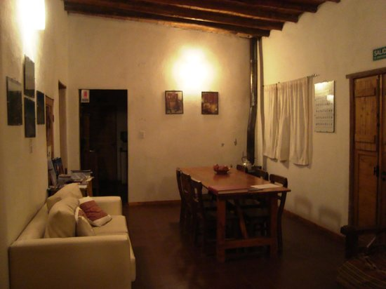 Posada Cavieres Wine Farm: The shared living area