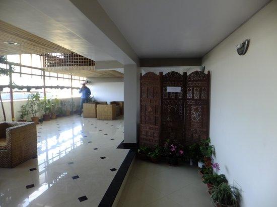 Hotel Anand Palace: Lobby area