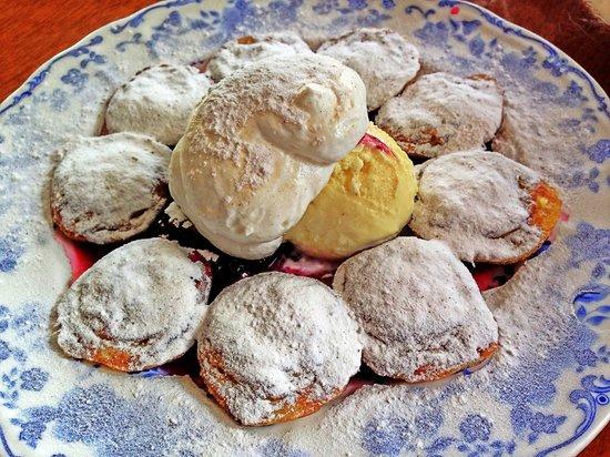 Dijan's Pannekoeken & Poffertjes: Fluffy & Buttery Poffertjes