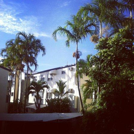 Cairns Queenslander Hotel and Apartments : vue du balcon