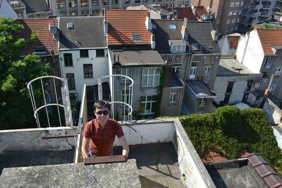Hotel Albert: Подъем на крышу