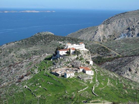 Hydra Icons Guest House : View from Agia Matrona Monastery to Agia Triada Monastery