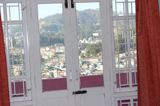 RK Holiday Homes : Beautiful View of Ooty from the room