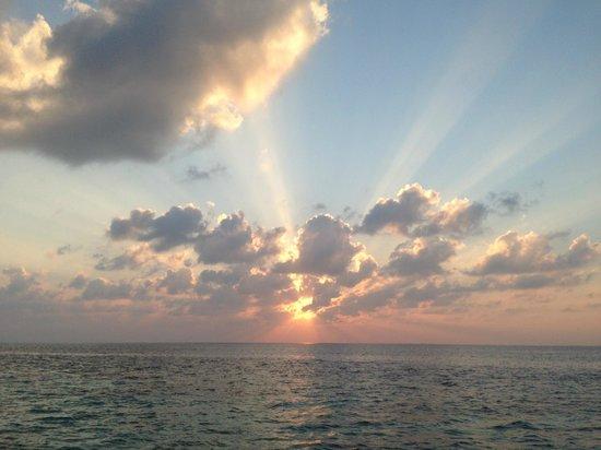 Huvafen Fushi Maldives: Sunrise in paradise