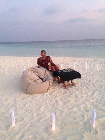 PER AQUUM Huvafen Fushi: Private sunset drinks