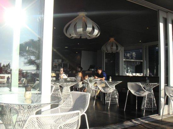 Takapuna Beach Cafe : Interior of Cafe