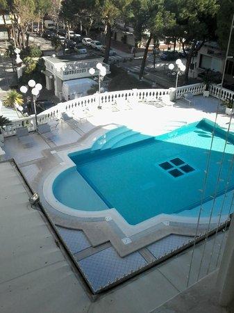 Grand Hotel Des Bains: Piscina