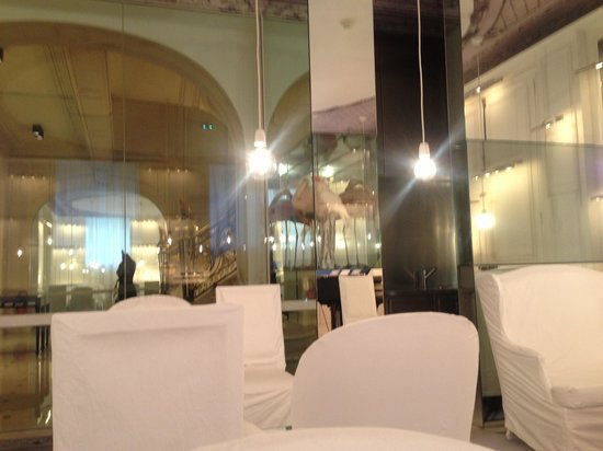 La Maison Champs Elysees: Lounge/reception