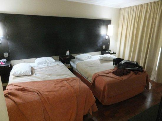 NH Ciudad de Santiago : Bedroom