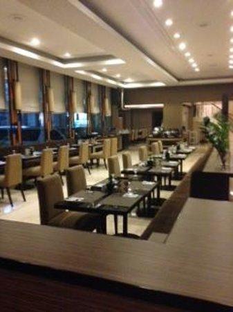 City Garden Suites: レストラン