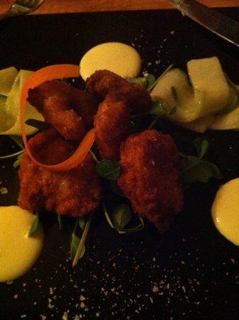 Marina Restaurant : Delicious crispy tiger prawns!
