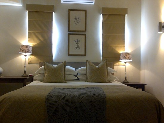 Klein Welmoed Luxury Guest House: King size beds