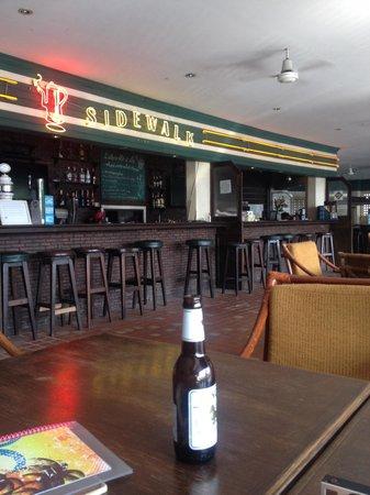Sidewalk Café Rajchadamnoen
