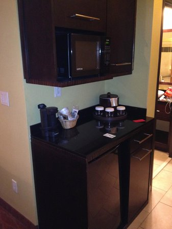 Holiday Inn Hotel & Suites McKinney - Fairview: coffee, microwave and refrigerator