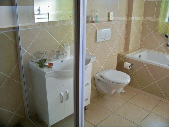 ABERNi on Sea: Bathroom