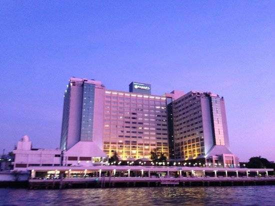 Ramada Plaza Bangkok Menam Riverside : hotel