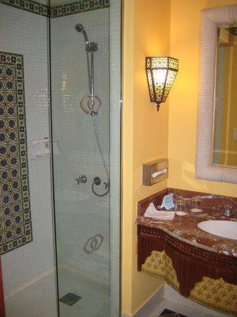 Sofitel Taba Heights: душова