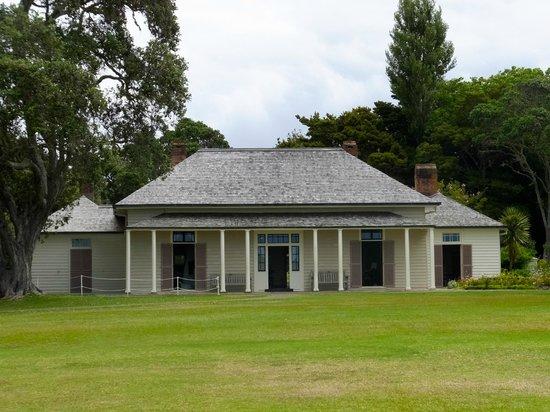 Waitangi Treaty Grounds : Treaty house