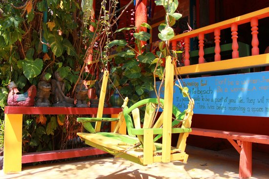 Varinda Garden Resort : Swing