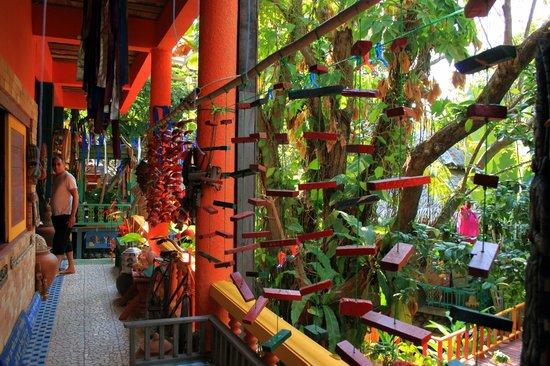 Varinda Garden Resort: Chemin