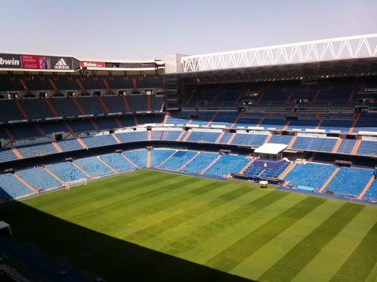 Estadio Santiago Bernabéu: стадион