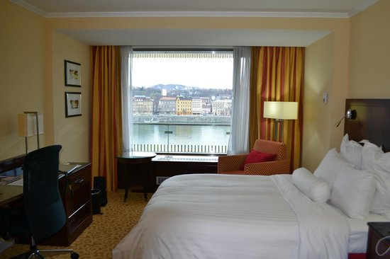 Budapest Marriott Hotel: room with a view
