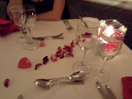 The Terrace Restaurant Malta at The Westin Dragonara Resort: Romantic table set-up