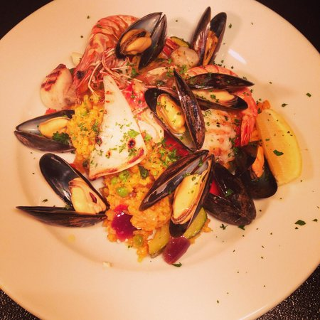 The Coventry Arms: Seafood. Paella