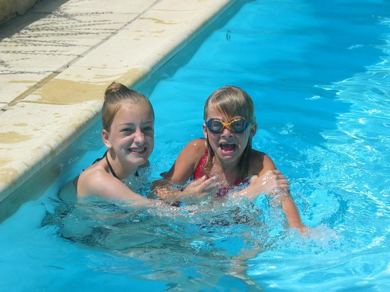 La Cheneraie: in ons zwembad