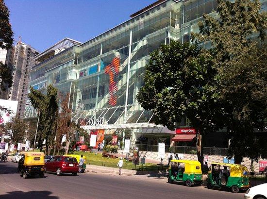 Hyatt Bangalore MG Road : 1 MG Road Mall, close to the hotel