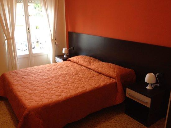 Bed & Breakfast Corso di Francia: Camera Giulia