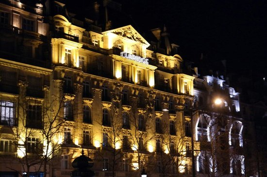 Fraser Suites Le Claridge Champs-Elysees: Outside look
