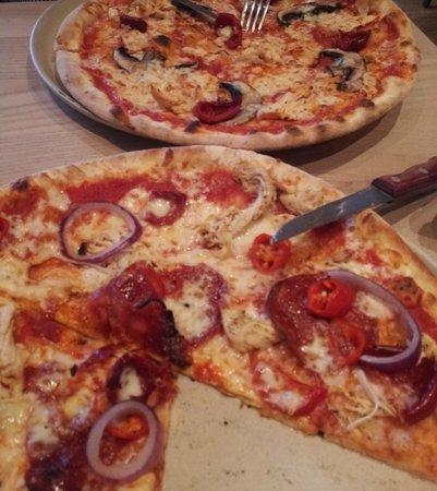 Wildwood: Spicy chicken pizza