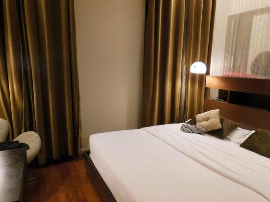 987 Design Prague Hotel: CAMERA