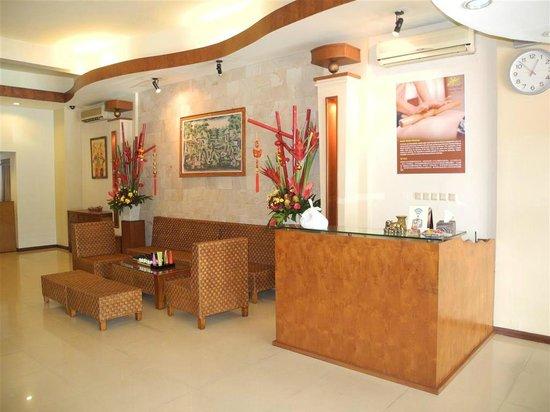 Jasmine Aromatic House: Entrance