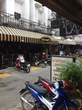 Copa Pattaya: from outside hotel entrance view