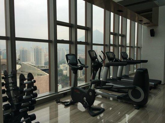 L'hotel élan : Gym on 35th floor