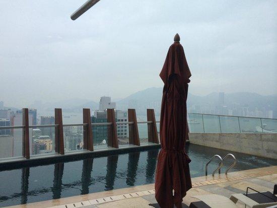 L'hotel élan : Rooftop swimming pool