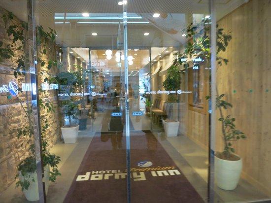 Dormy Inn PREMIUM Sapporo : entrance