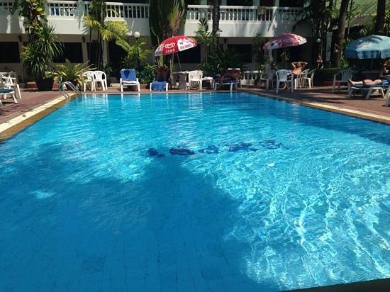 The Expat Hotel : pool area