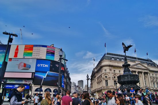 Piccadilly Circus : Piccadilly2