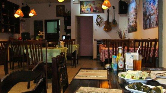 Pattayanis Greek Taverna : Небольшой уютный ресторанчик