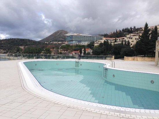 Sun Gardens Dubrovnik : Resort View looking back