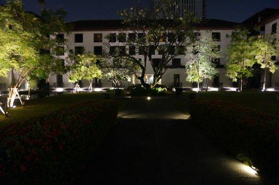 The Sukhothai Bangkok : Jardins intérieurs