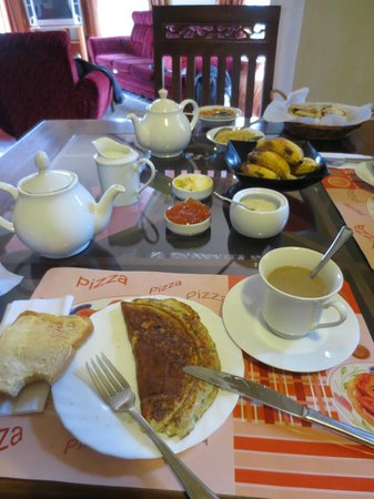 Hill View Bungalow: Our breakfast