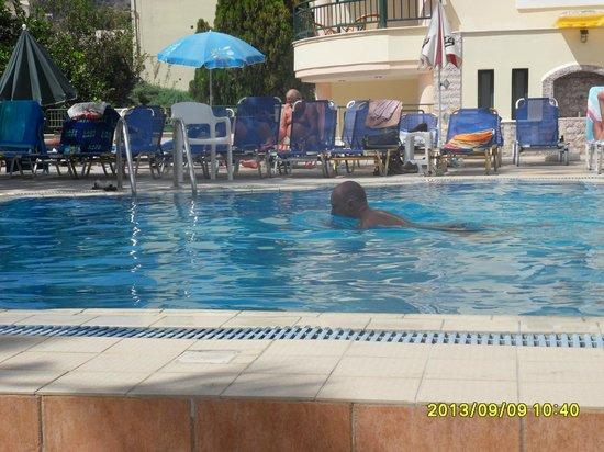 Hotel Panorama Stalidos : Pool Area