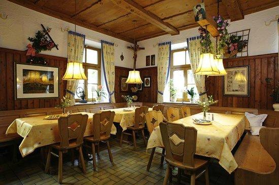 Akzent Hotel Alte Linde Wieling : Gaststube
