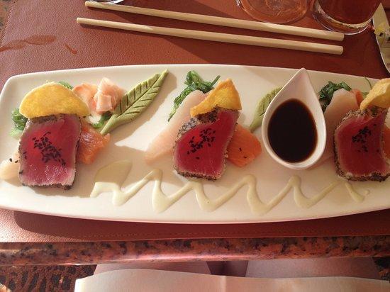 Mulligans: Sashimi plate