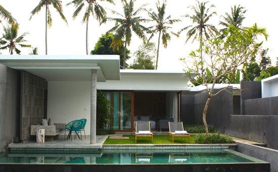 Aria Villas Ubud: Terrace Pool Villa Front View
