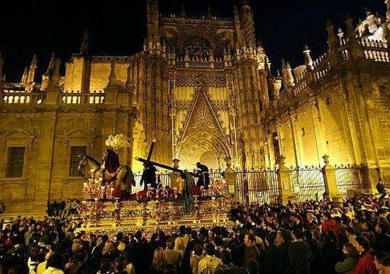 Pensión La Giraldilla : semana santa en Sevilla